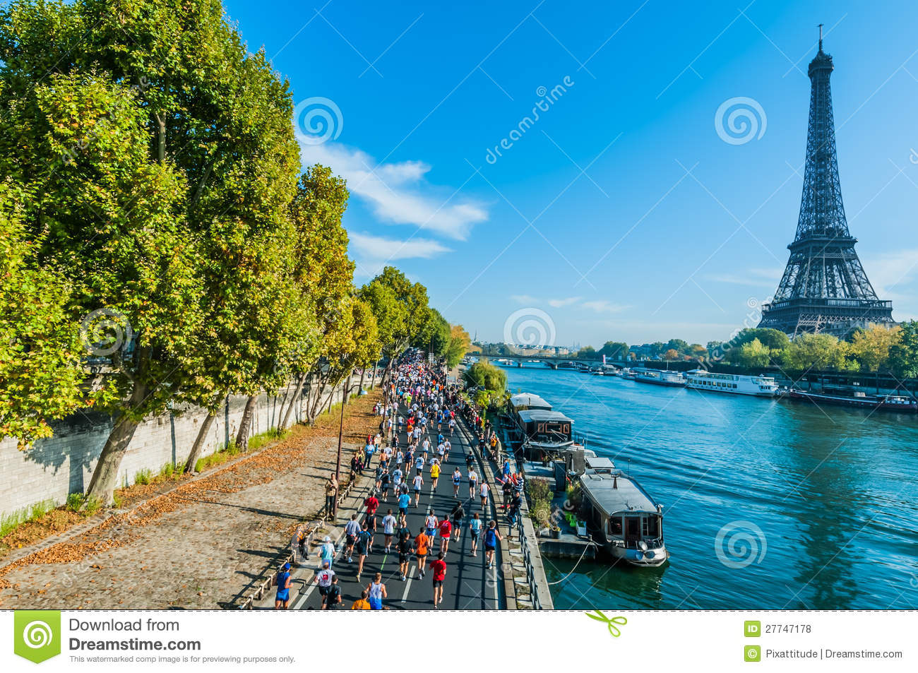 people-running-paris-marathon-france-27747178